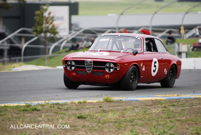 Alfa Romeo photographs, technical - All Car Central Magazine