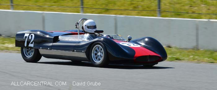 Genie MkV 1963  CSRG David Love Memorial Vintage Car Road Races 2015