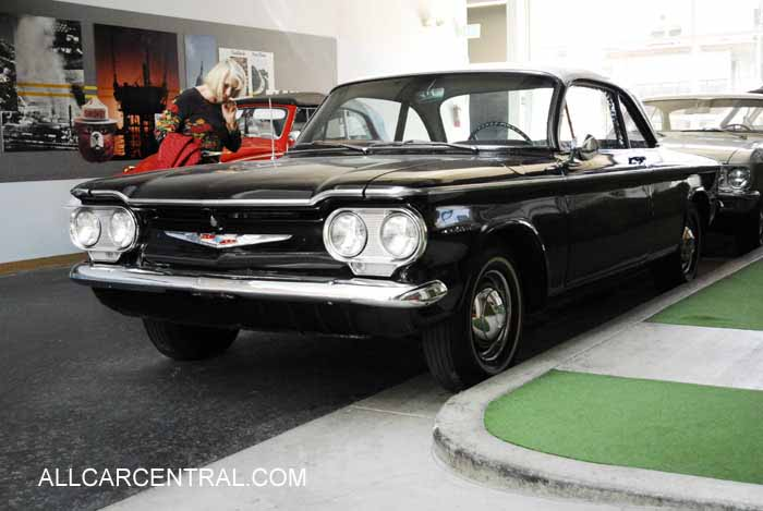 Chevrolet Corvair Deluxe Club Coupe 1960
