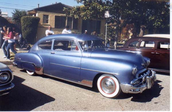 Chevrolet Fleetline 2-dr 1952