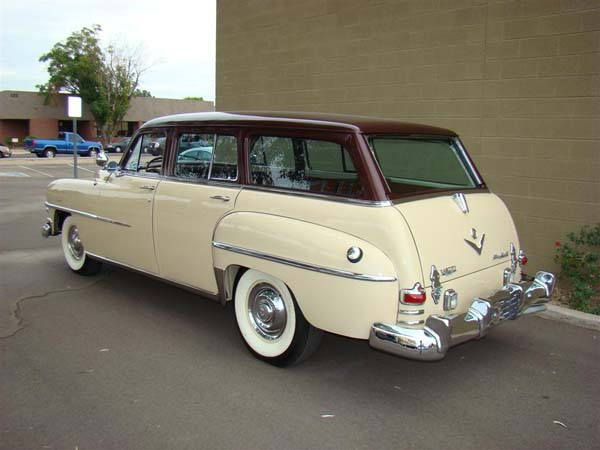 Chrysler wagon 1953