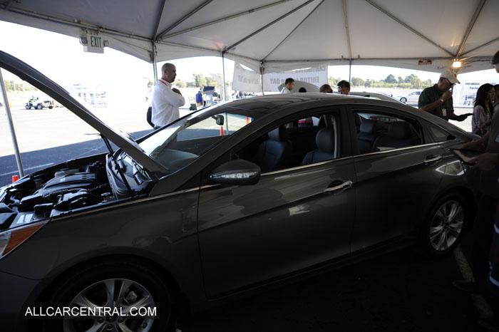 comparison test 2013 Honda Accord Hyundai Sonata Nissan Altima