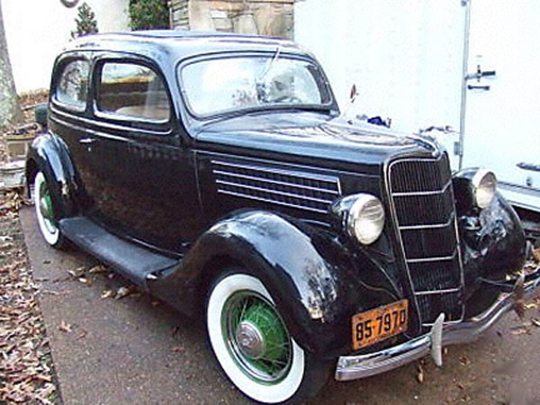 Ford 2-dr 1935