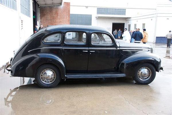 1939 ford deluxe four door sedan for 1939 ford deluxe 4 door sedan