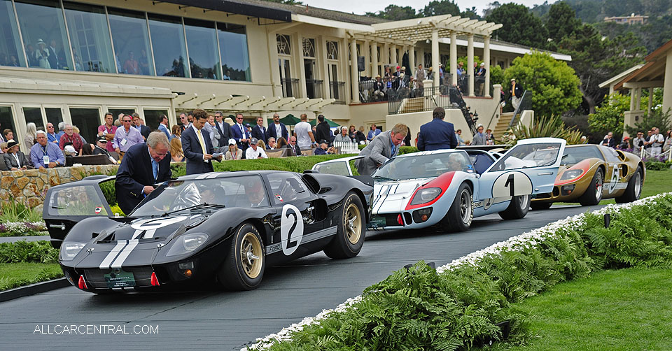 Ford GT40 P-1046 Mark II 1966 Ford GT40 P-1015 Mark II 1965 Ford GT40 P-1016 Mark II 1965 Pebble Beach Concours d'Elegance