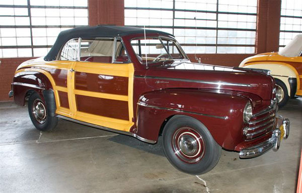 Ford Sportsman woody convert 1947