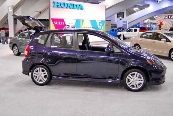 2008 Honda Fit. Honda FIT 2008