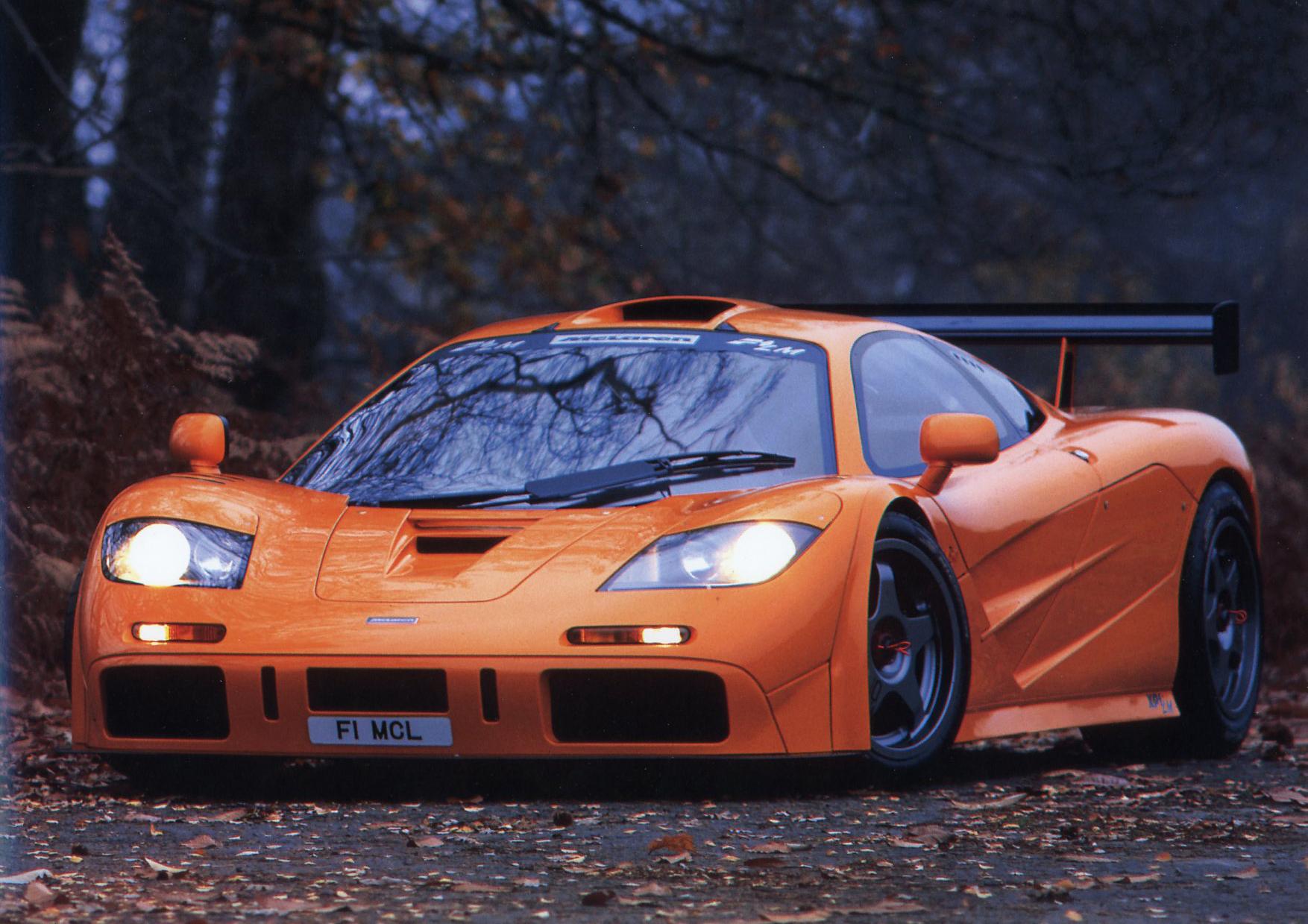 McLaren F1 разгоняется до 390 км/ч