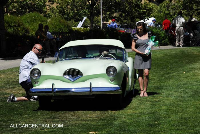 Kaiser Darrin 1954 Best of Show Mogulaire Concours d'Elegance