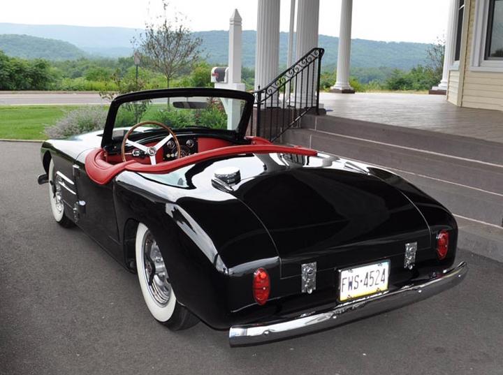 postwar american sportscars forgotten fiberglass. Black Bedroom Furniture Sets. Home Design Ideas