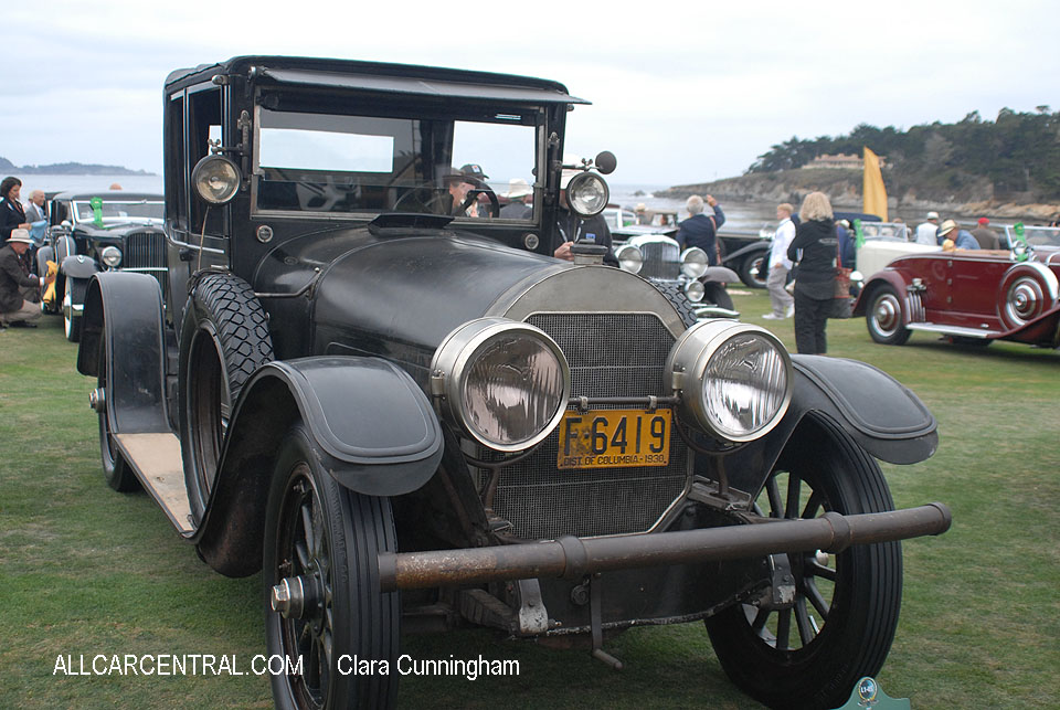 Locomobile Model 38 Collapsible Cabriolet 1916  Clara Cunningham Photo Pebble Beach Concours d'Elegance 2017
