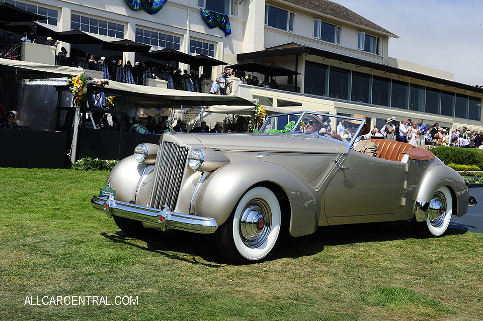 Packard 1703 Super-8 Darrin Convertible Victoria 1939 Pebble Beach Concours d'Elegance 2017