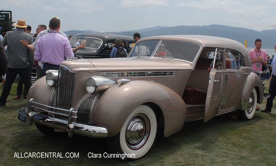 Packard 1807 Custom Super Eight Rollson Sport Sedan 1940  Clara Cunningham Photo Pebble Beach Concours d'Elegance 2017