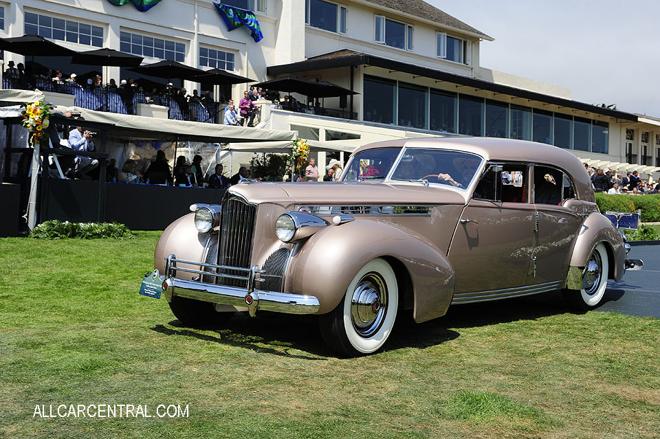 Packard 1807 Custom Super Eight Rollson Sport Sedan 1940 Pebble Beach Concours d'Elegance 2017
