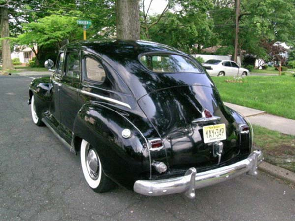 Plymouth 4-door 1948