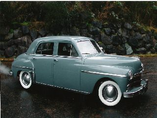Plymouth P18 Special Deluxe 4-Door sedan 1949