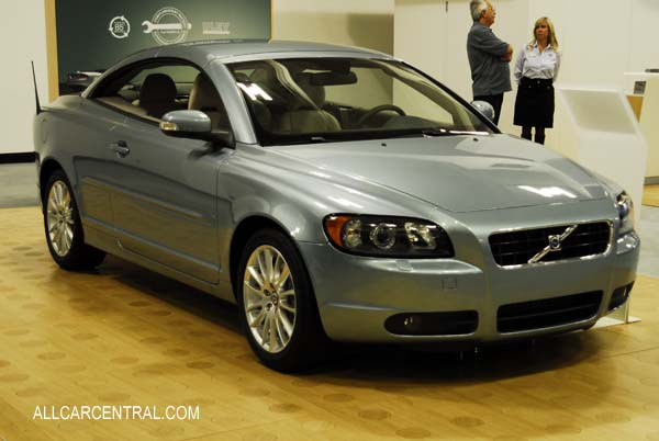 2009 Volvo photographs and Volvo technical data - All Car Central Magazine P1