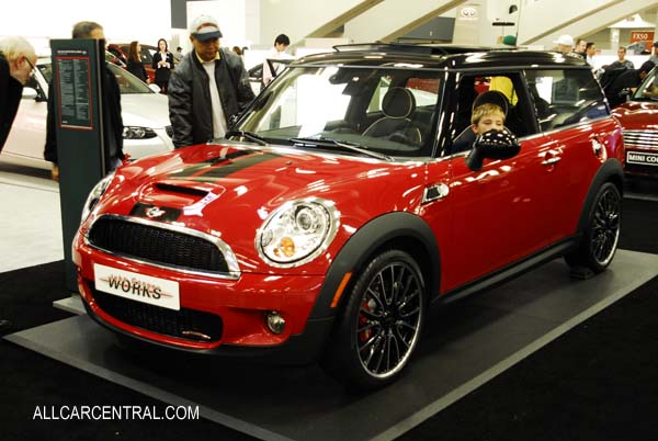 Mini Bmw Photographs And Mini Bmw Technical Data All Car Central