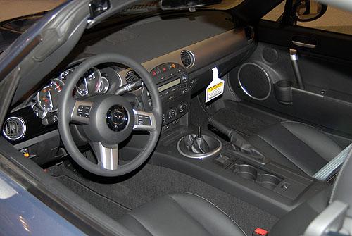 Mazda photographs and Mazda technical data - allcarcentral ...