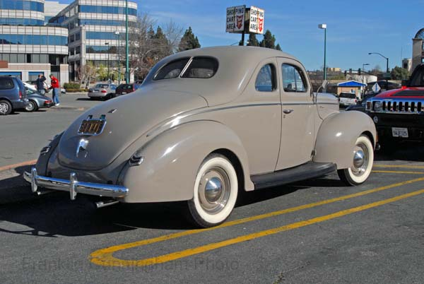 Ford V8 Deluxe 1940