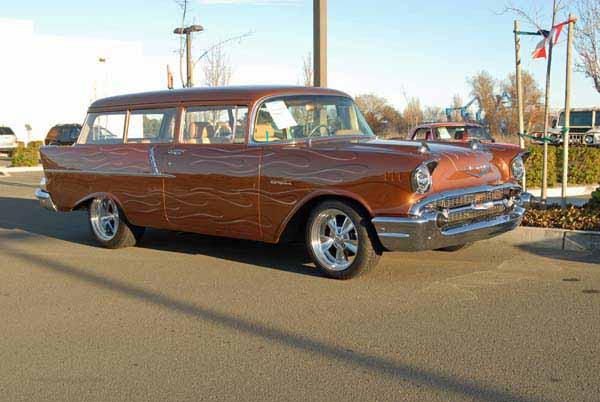 1955 Chevrolet Handyman 2-Door Custom.