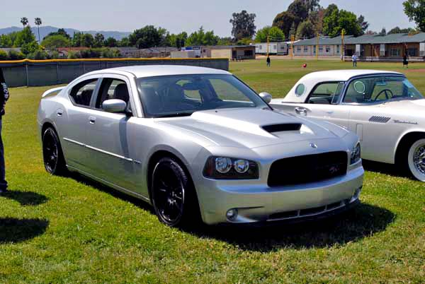 Dodge Charger R-T 2000