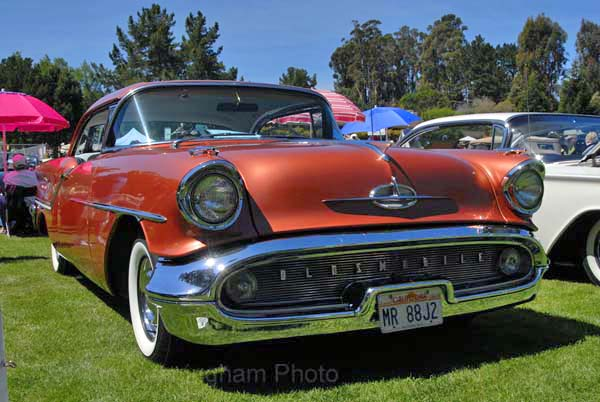 Oldsmobile Rocket 88 1957