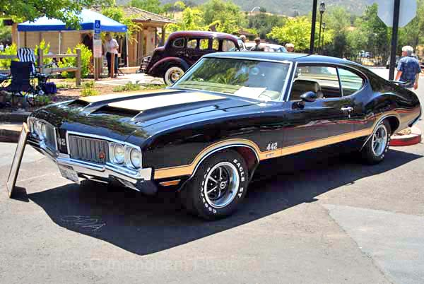 Oldsmoble 442 W-30 Holiday Coupe 1970